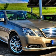 Mercedes - exteriér - fotografie